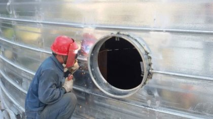 Daily maintenance of large-scale steel silos is essential